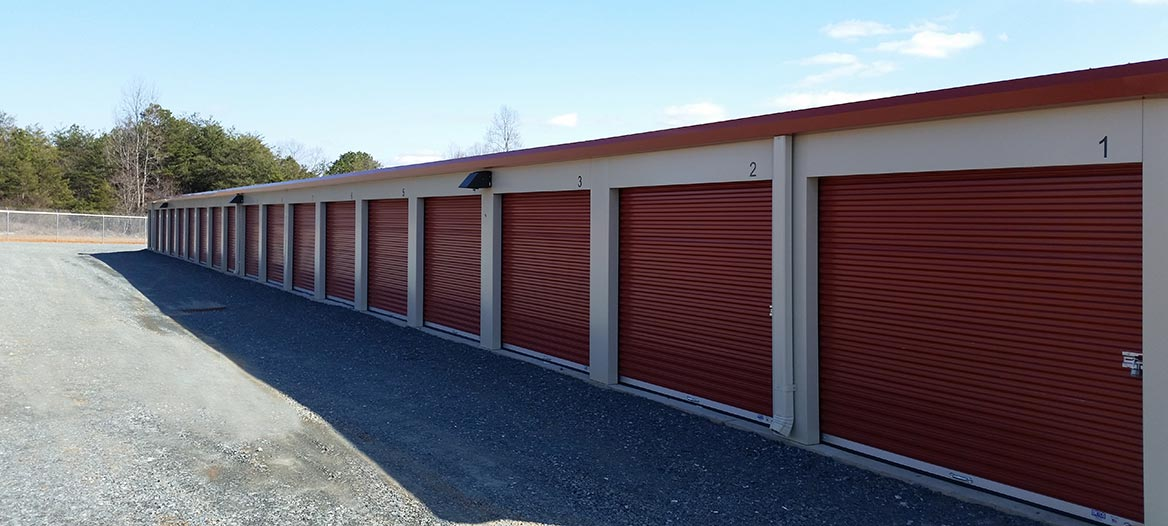 Mountain View Self Storage Is Owned And Operated By Allan And Donna Hill.  We Have Lived Here Most Of Our Lives And Have Enjoyed Being Part Of The  Community.